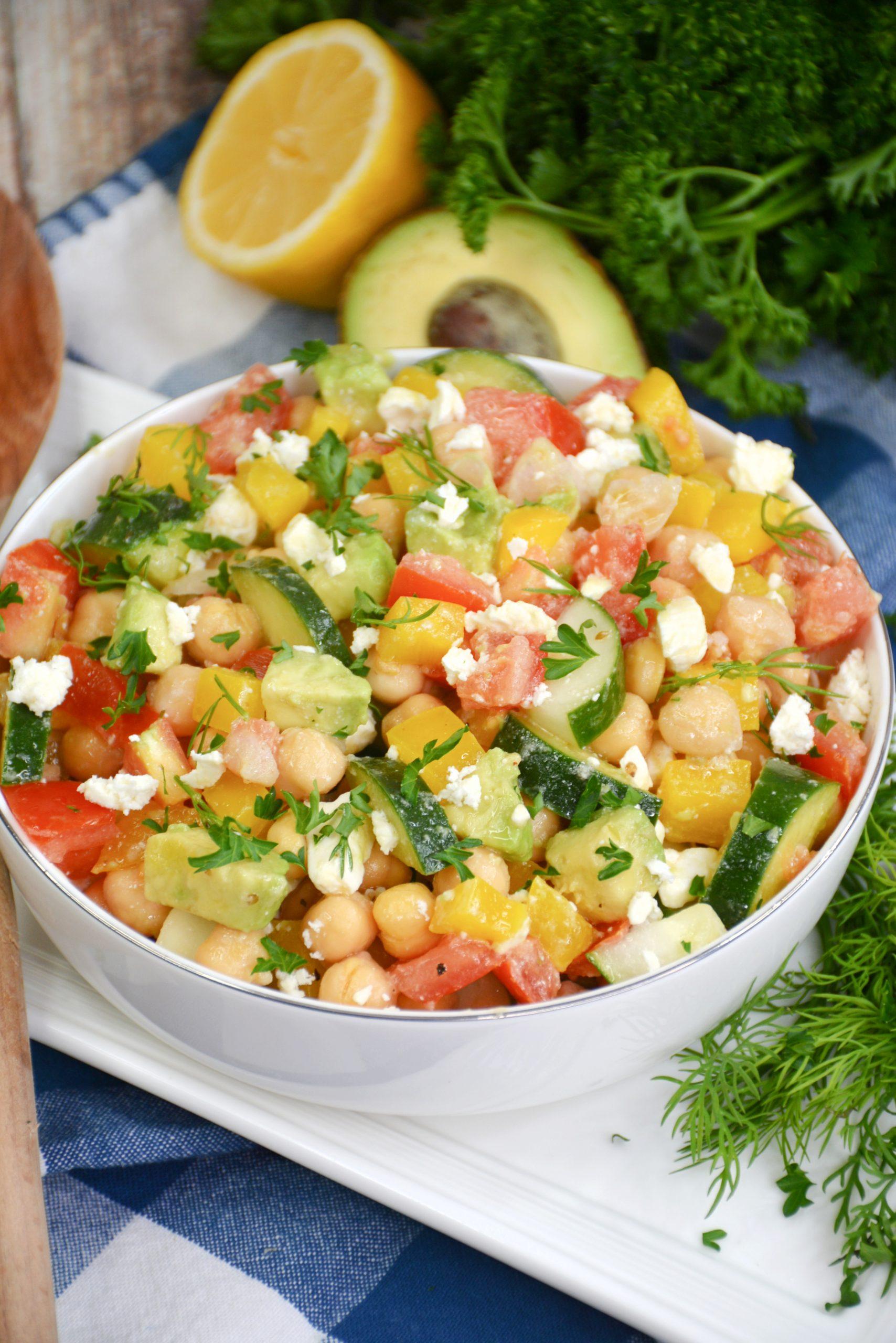 Skinny Greek Chickpea Salad